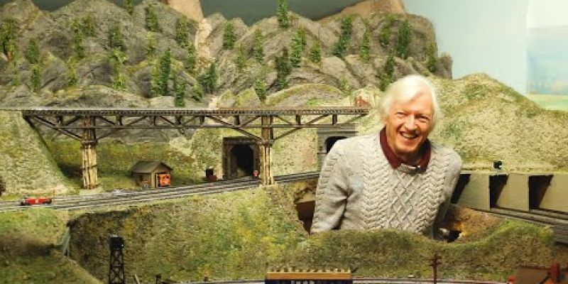 Embedded thumbnail for Carl Blum's Train Room